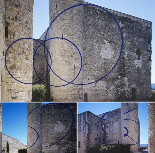 Иллюзии на зданиях (14 фото)