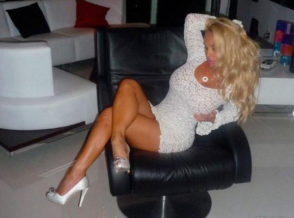 "Николь ""Коко"" Остин (Nicole Coco Austin) (58 фото)"
