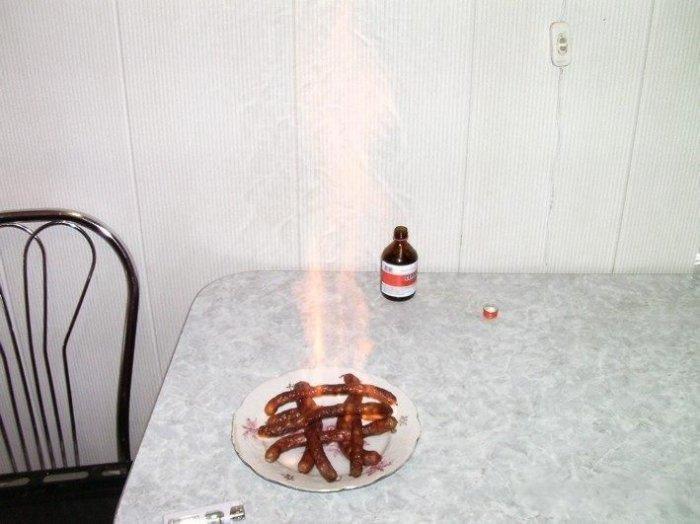 Как быстро пожарить колбаски (6 фото)