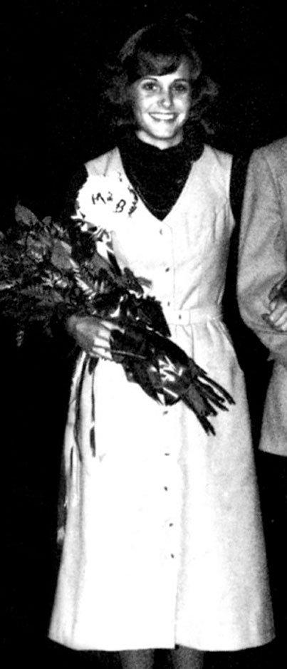 Фото звезд на выпускном (13 фото)