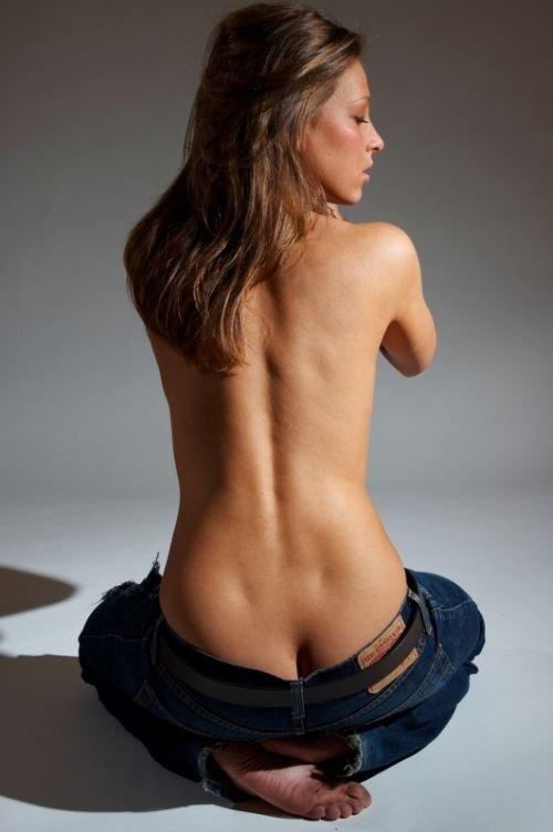 Девушки. Вид сзади (79 фото)