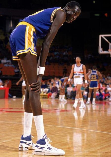 Самый высокий баскетболист (21 фото)