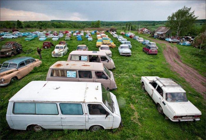 Автомузей в Черноусово (18 фото)
