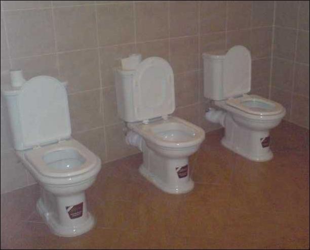 Туалетные приколы. Часть 2 (103 фото)