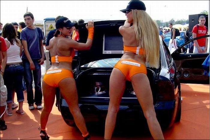 Девушки на спортивных соревнованиях (76 фото)