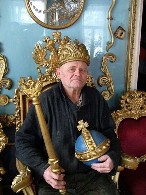 Очень приятно, царь! (17 фото)