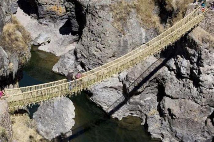 Мост из травы (15 фото)