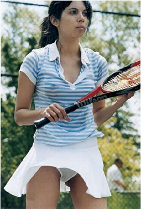 Задранные юбки в теннисе (25 фото)