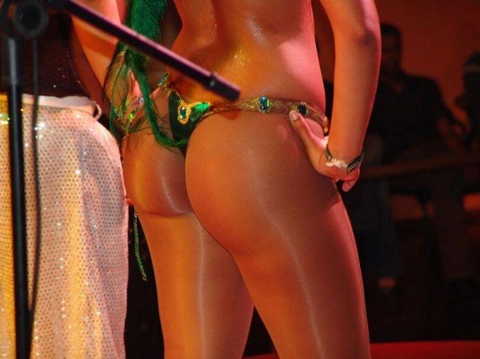 Попки бразильских девушек (152 фото)