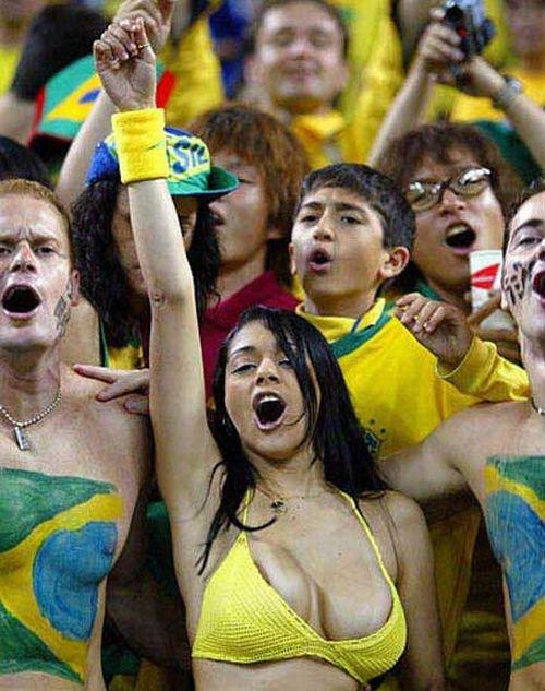Болельщица сборной Бразилии (9 фото)
