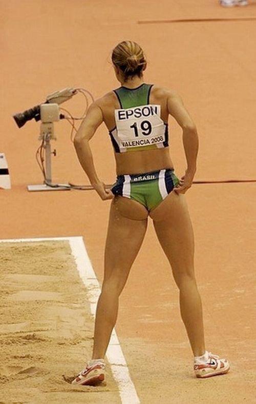 Попки спортсменок (52 фото)