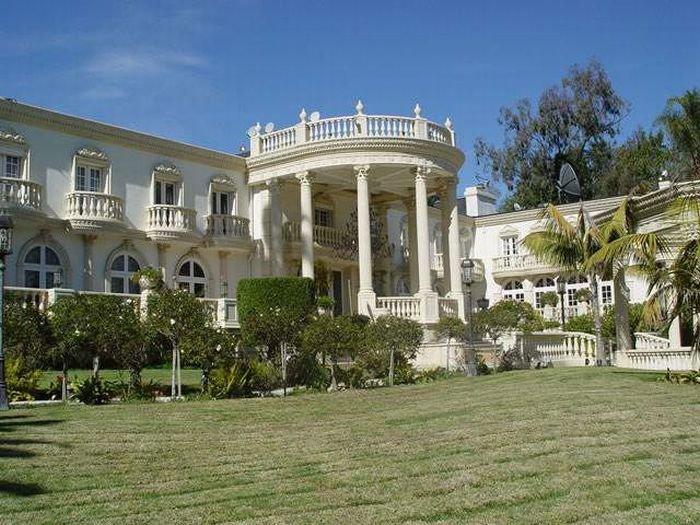 Дворец Роберта Мугабе (13 фото)