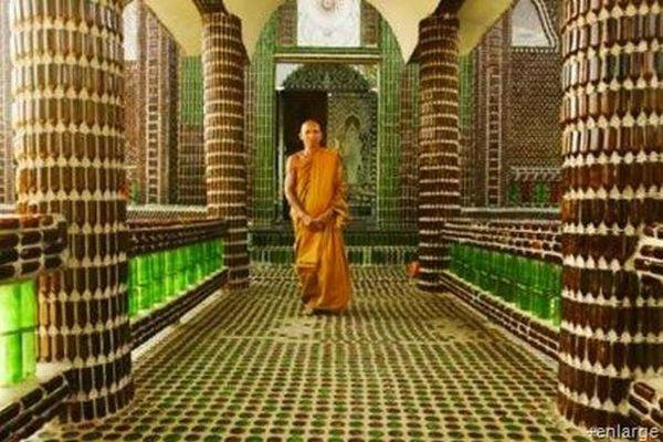 Храм из необычного материала (21 фото)