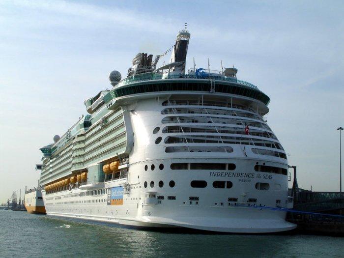 Independence of the Seas - один из самых больших лайнеров в мире (40 фото)