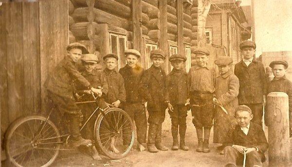 Российские велосипеды прошлого (17 фото)