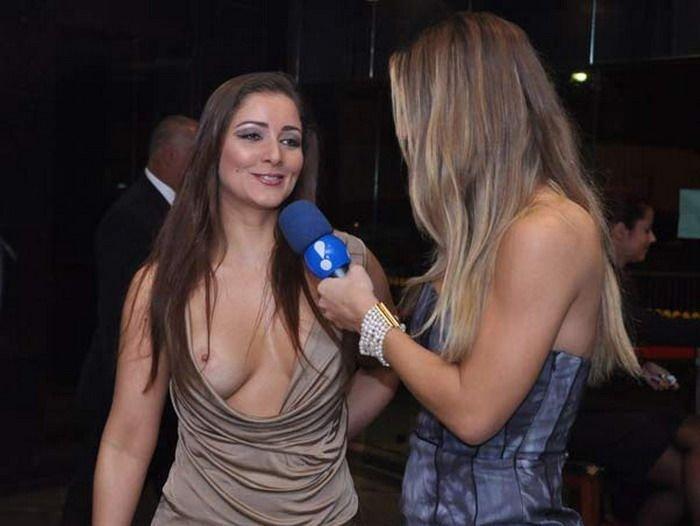 Упс во время интервью (3 фото)