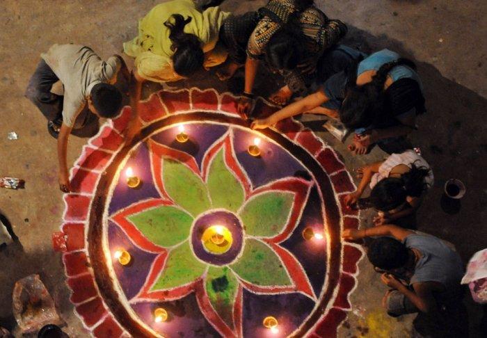 Дивали - Индийский праздник огней (20 фото + текст)