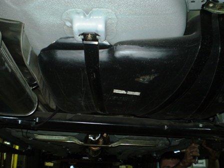 Безопасный китайский автомобиль (9 фото + текст)