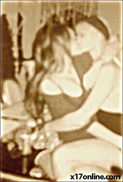 Линдсэй Лохан и Пэрис Хилтон целуются и употребляют наркоту (6 фото)