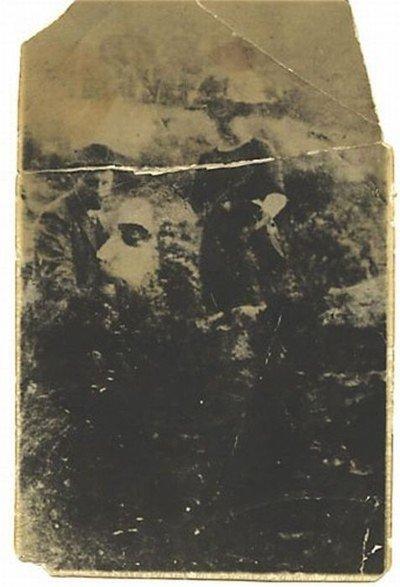 Голова на снимке (2 фото)