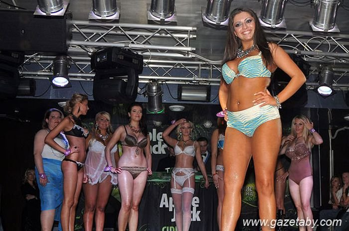 Мисс Грудь Беларуси 2010 (23 фото)
