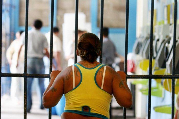 Банды Центральной Америки: MS-13 и Мара 18 (17 фото + текст)