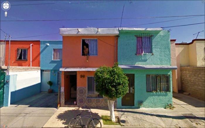 Любопытные кадры с Google Street View (58 фото)