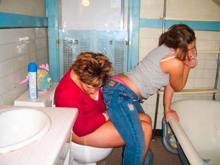 скрытое фото писек туалете фото порно 25
