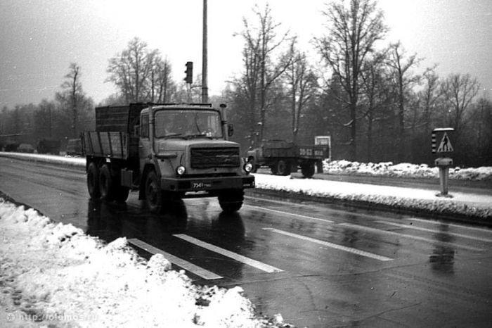 Московские дороги времен СССР (32 фото)