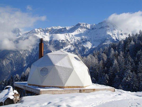 Иглу в швейцарских Альпах (7 фото + текст)