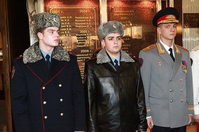 Новая форма российской полиции (7 фото)