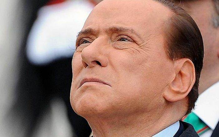 Фотографии с секс-вечеринок Сильвио Берлускони (25 фото)