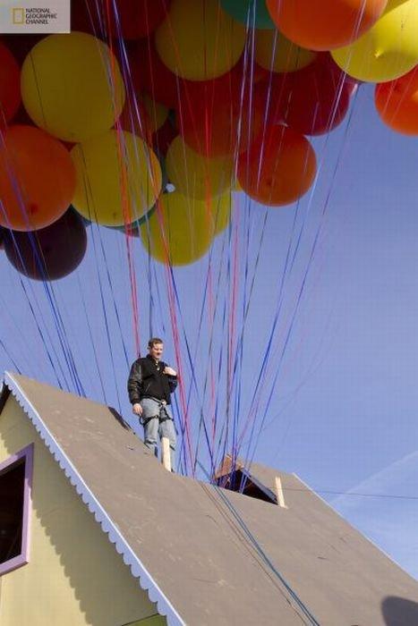 Летающий дом из мультфильма Вверх (14 фото)
