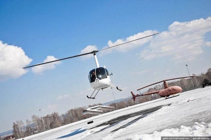 Как открыть пиво с помощью вертолета (14 фото)