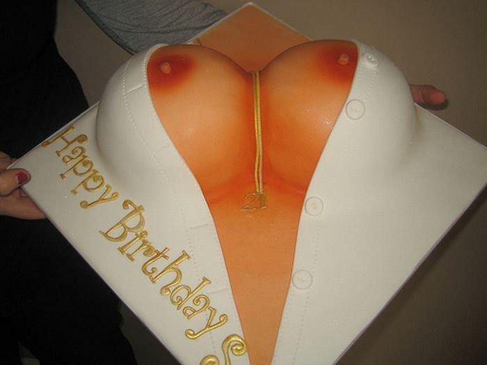 Торты в виде женской груди (73 фото)