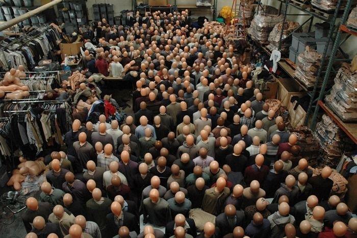 Как делают массовку в фильмах (14 фото)