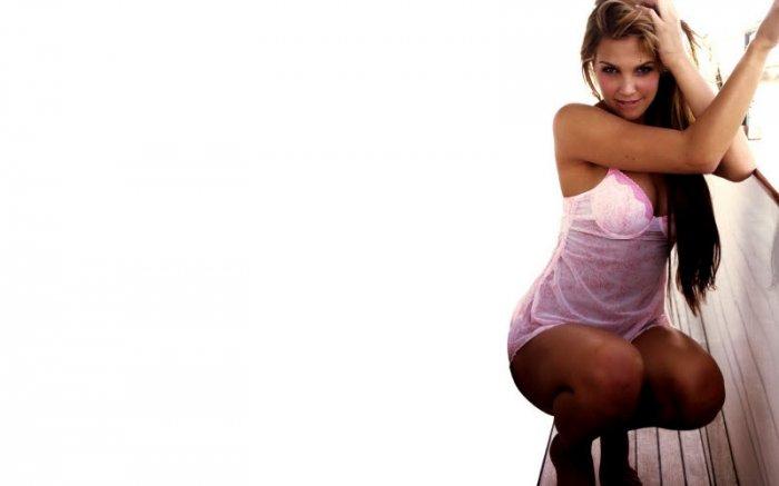 Фотографии красивых девушек. Часть 13 (38 фото)
