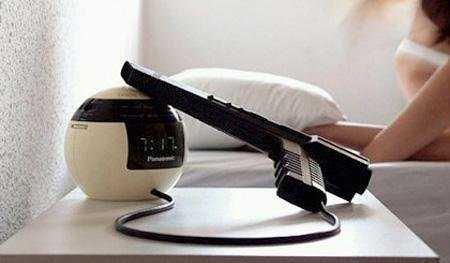 Подборка надоедливых будильников (18 фото)