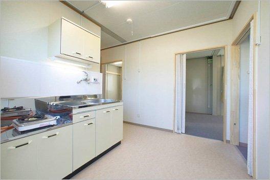 Постройка новых домов в Японии (12 фото)