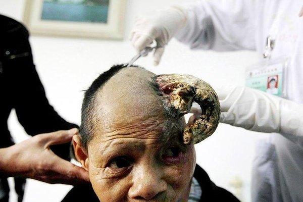 Китайская бабушка с рогом (5 фото + текст)
