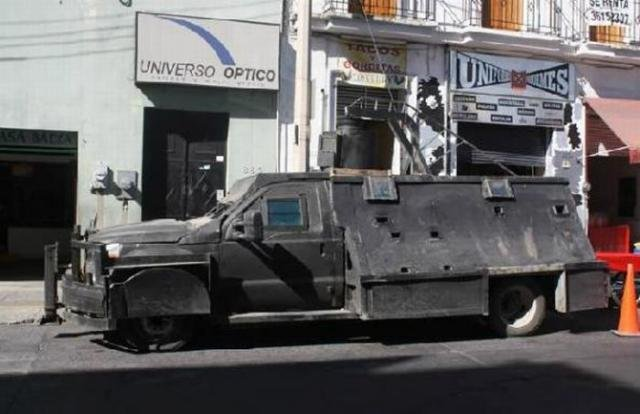 Броневики мексиканских наркоторговцев (8 фото)
