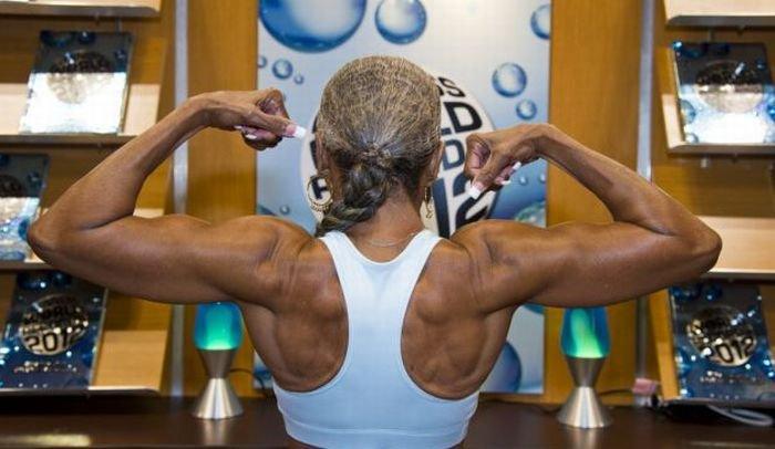 Спортивная бабушка (11 фото)