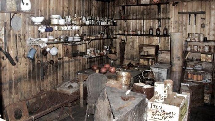 Дом на Антарктиде начала 20 века (22 фото)